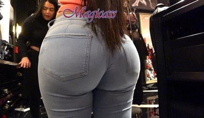 #80 CULOmbian with SUPER ROUND BIG ASS