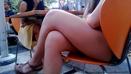 Creamy Legs legmagnification