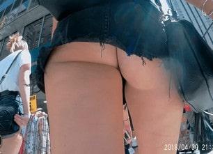 supershortskirt-1620x1080_2-min
