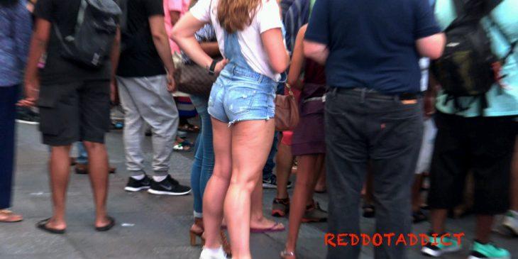 Sexys LegsTeen in short Reddotaddict