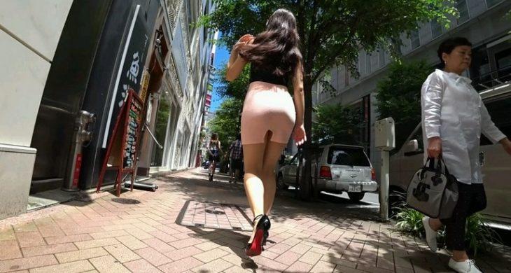 JAV Sexy Asian Girl in Skirt Booty Walking