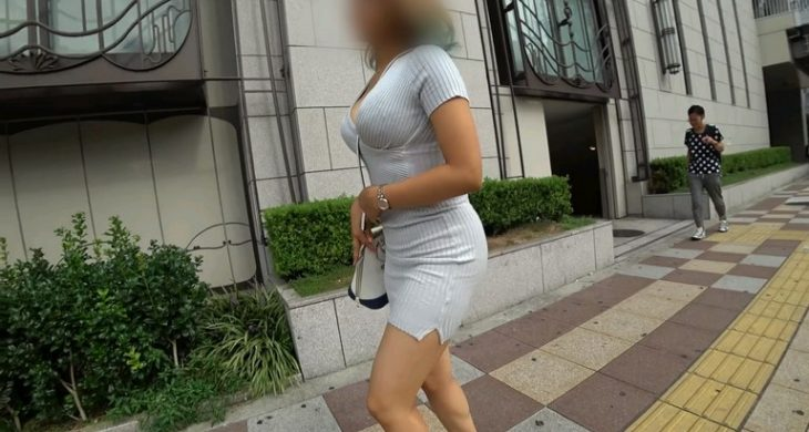 Sexy JAV Asian Girl with Mini Dress Sexy Legs