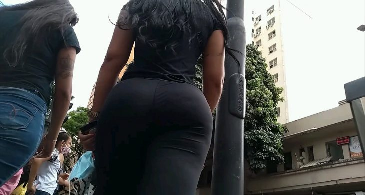 This brunette so very sexy Big Booty Spandex
