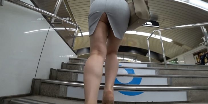 Sexy Asian JAV Big Booty Upskirt in Train