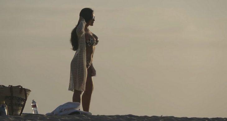 Amazing Sexy Babe in Bikini Beach CandidCalifas